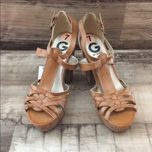 G BY GUESS HEELS NWT